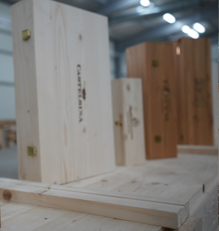cutii lemn vin